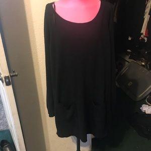Sweaters - Simple black tunic sweater